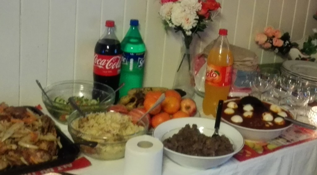 Eritreisk jul - buffet (2)