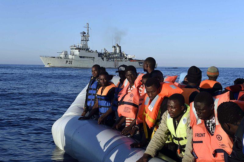 Migrantar i Middelhavet. Foto: Wikimedia Commons