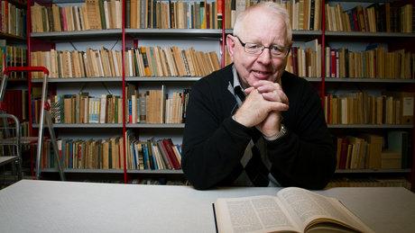 Erik Kjebekk har vært Misjonssambandets arkivleder og dosent i kirke- og misjonshistorie ved Fjellhaug internasjonale Høgskole. Foto: Bård Kristian Bøe