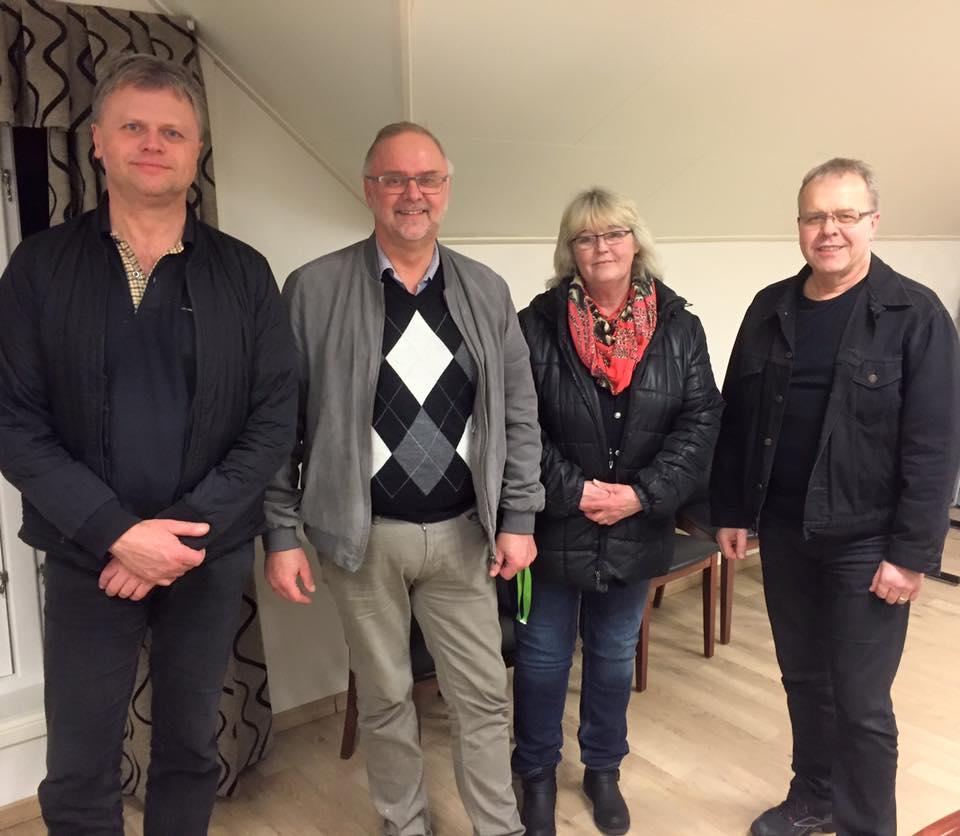På kveldens årsmøte i Valle Radio var frå v. styremedlem/sekretær Kåre Rike, leiar Ørnulf Hasla, nestleiar Britta Lise Homme og varamedlem Rolf Erik Homme.