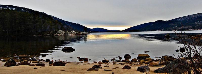 Utsyn over Byglandsfjorden frå Sines og sørover. Foto: Geir Daasvatn