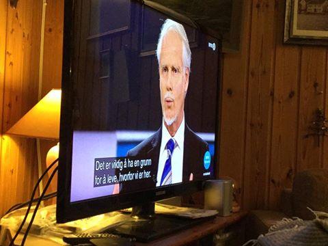 Same dag som Astrid Nomeland fortalte at Ingvard Wilhelmsen skal kome til Valle 28. april, var han gjest hos Torp på NRK. Foto: Else Gyro Rysstad