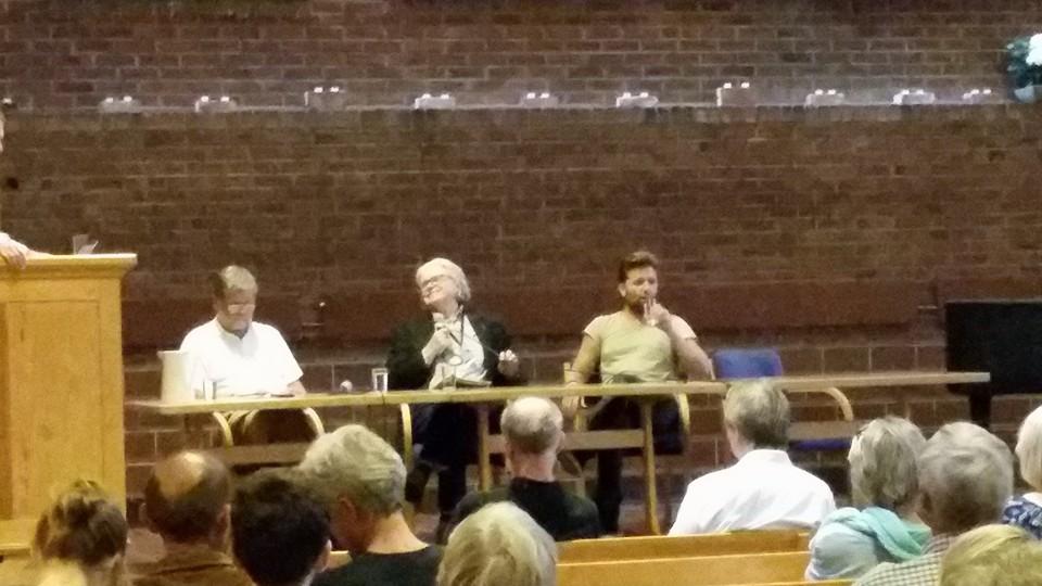 Owe Wikström, Tor B. Jørgensen og Anders Hegertun i paneldiskusjon om åndshøvdinger. Foto: Svein Inge Olsen